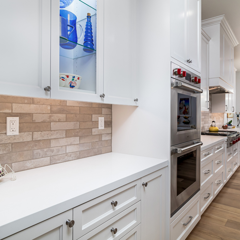 Kitchen Cabinets in Santa Clarita