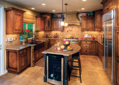 "The Tuscany 3/4"" (590) Door and a beautiful custom kitchen cabinets"