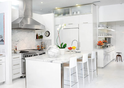 High Gloss Contemporary Kitchen